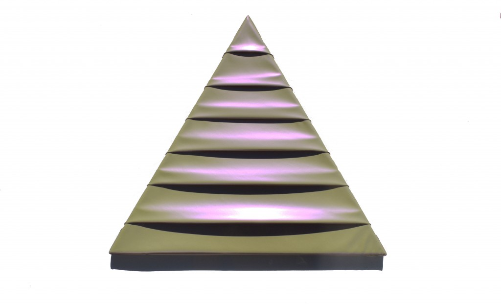 triangle_fond_blanc